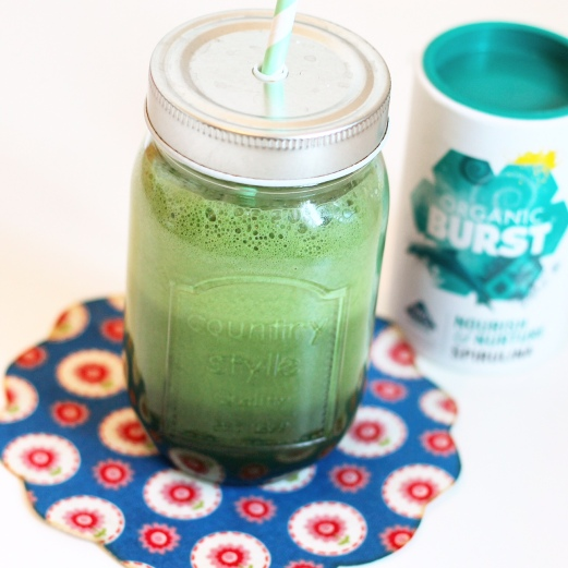 Green Spirulina Smoothie