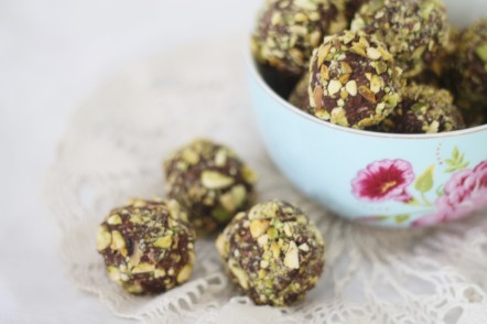 Mint Chocolate Energy Snack Balls